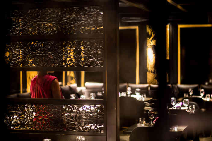 Hakkasan Hanway Place latticework and dining room