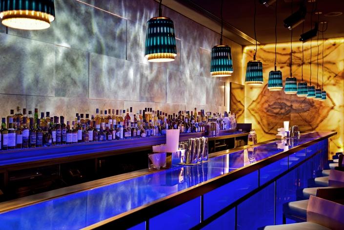 Hakkasan Doha's bar