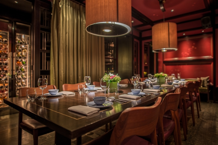 Hakkasan Mayfair dinner table